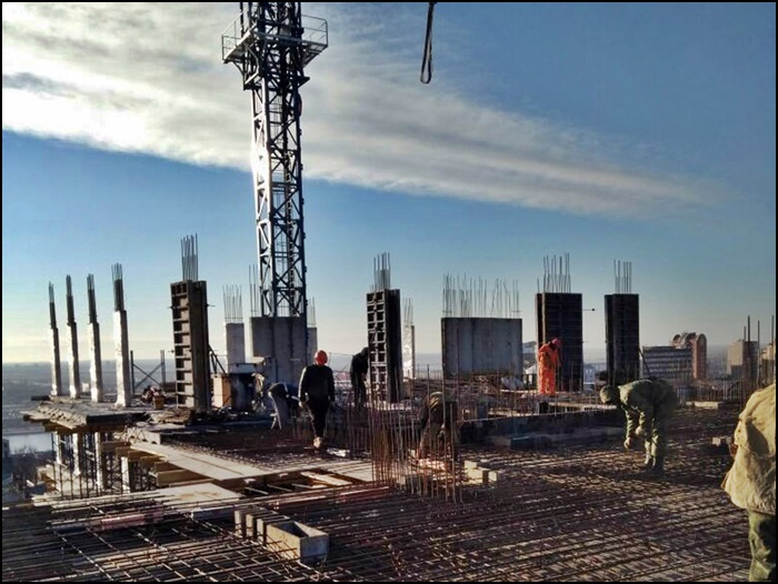 жк петровская крепость строится.jpg