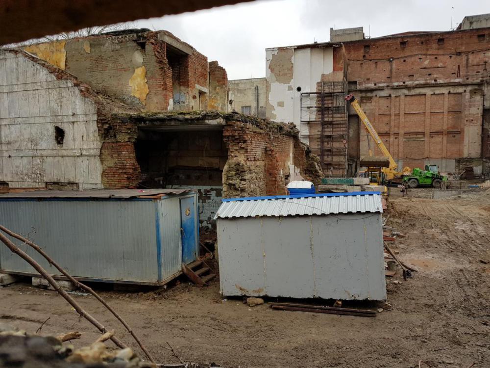зеленый театр парк революции ростов строительство.jpg