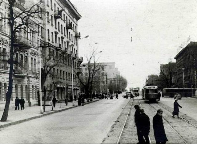 Ворошиловский - Садовая в начале шестидесятых.jpg