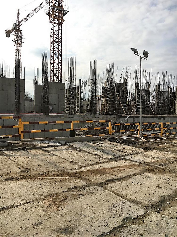 жк первый март 2017 фото строительства.jpg