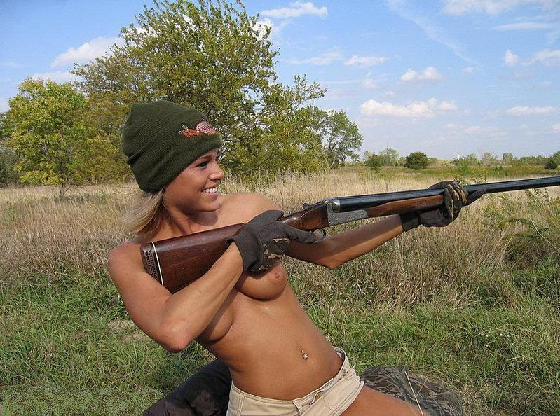 Секретарши держитесь девки самцы выходят на охоту