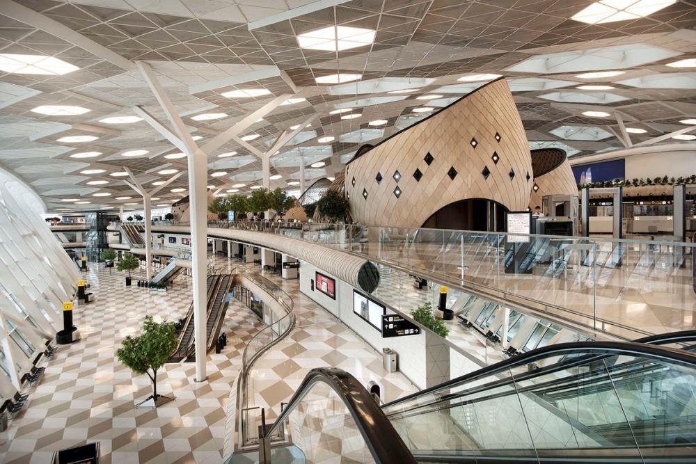 аэропорт азербайджан.jpg