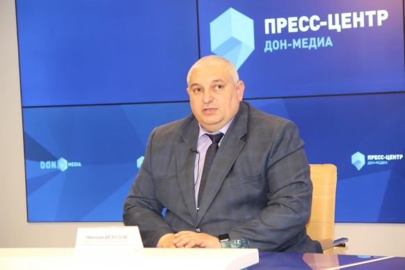 министр строительства, архитектуры и территориального развития Николай Безуглов.jpg