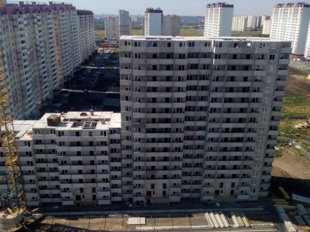 суворовский 16.jpg