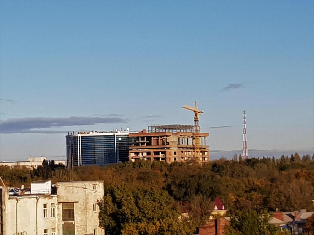 новостройка в парке революции ростов.jpg