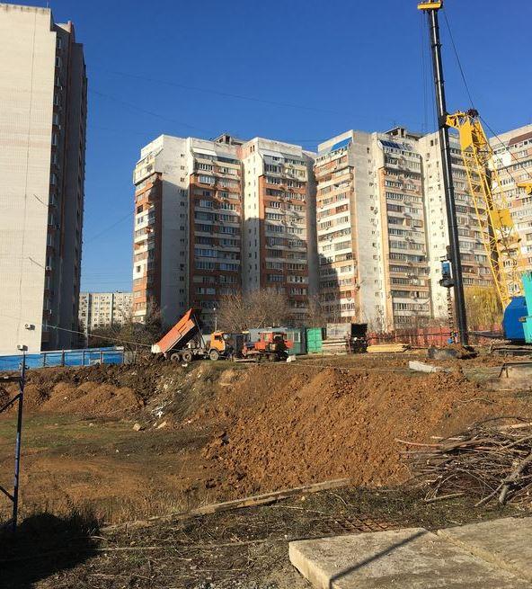 ЖК на Комарова 18.2.JPG