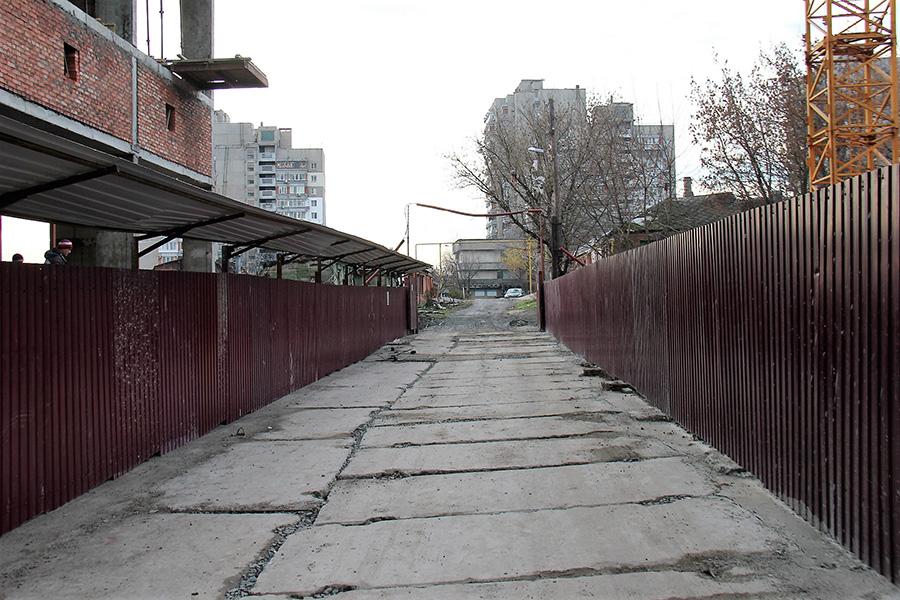 к новотсройке с номером 1 проведена дорога с переулка чувашский.jpg